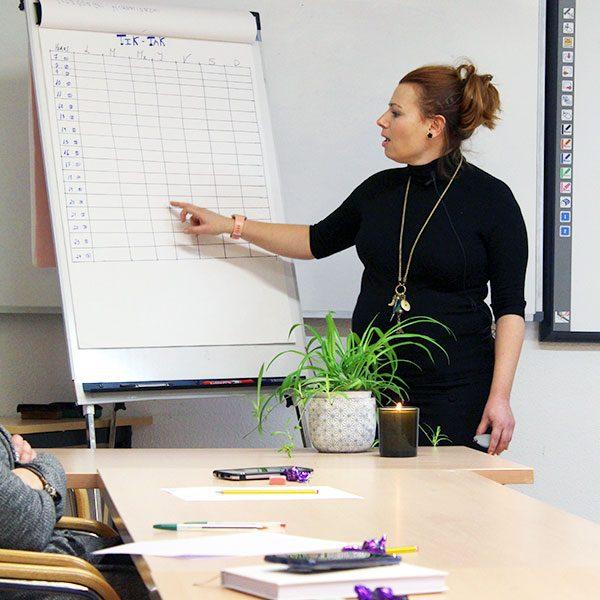 conferencias-motivacionales-silvia-prieto-liderazgo-y-gestion-de-grupos-coaching-para-empresas